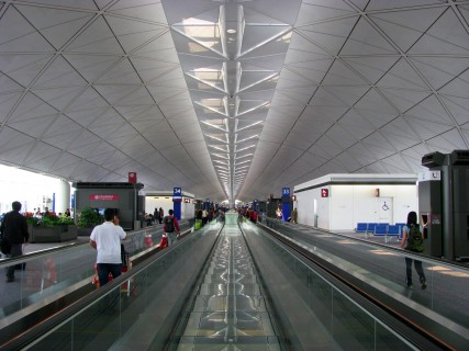 Hong_Kong_International_Airport_Terminal_1_-15